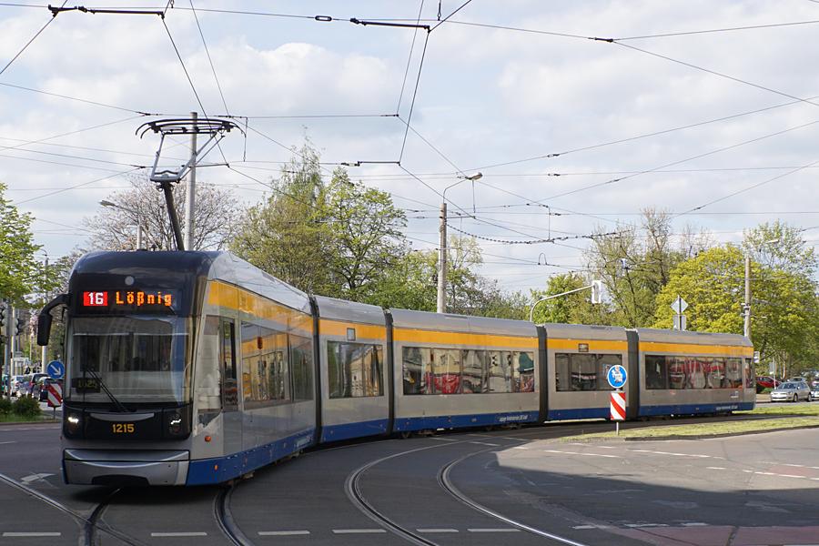 http://www.bimmelbus-leipzig.de/Bahnen/NGT12/Windmuhlenstrasse/Hartelstrasse/NGT12_Hartelstrasse_2.jpg