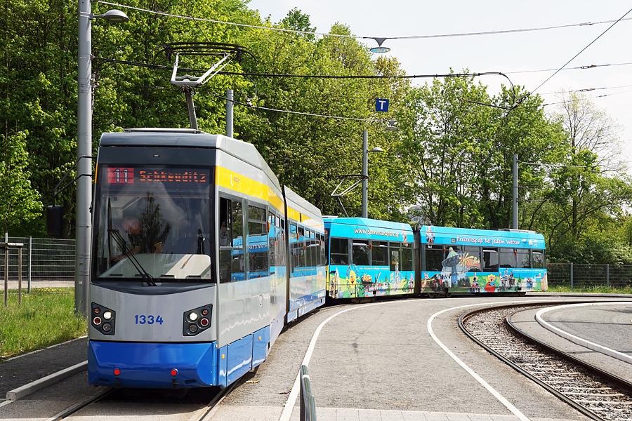 http://www.bimmelbus-leipzig.de/Bahnen/NGT6/ZwickauerStrasse/Lossnig/NGT6_Lossnig_4.jpg