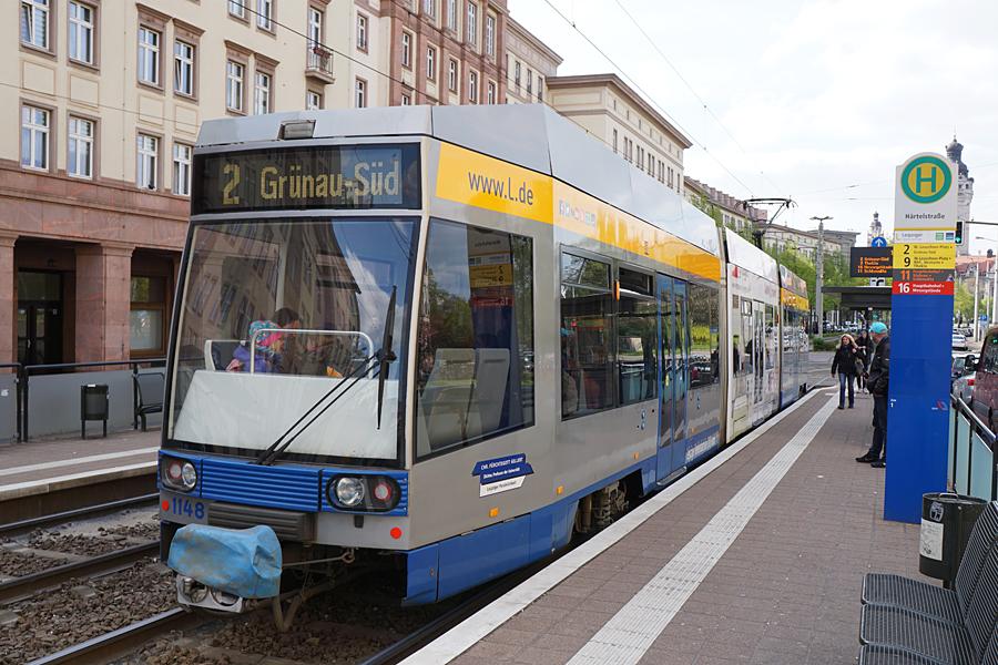 http://www.bimmelbus-leipzig.de/Bahnen/NGT8/Windmuhlenstrasse/Hartelstrasse/NGT8_Hartelstrasse_12.jpg