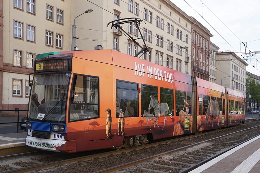 http://www.bimmelbus-leipzig.de/Bahnen/NGT8/Windmuhlenstrasse/Hartelstrasse/NGT8_Hartelstrasse_5.jpg