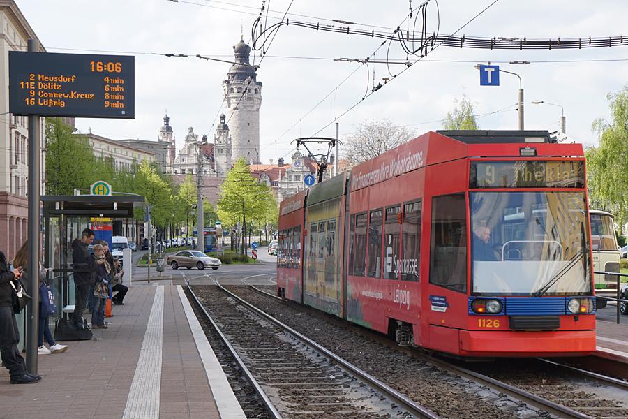 http://www.bimmelbus-leipzig.de/Bahnen/NGT8/Windmuhlenstrasse/Hartelstrasse/NGT8_Hartelstrasse_9.jpg