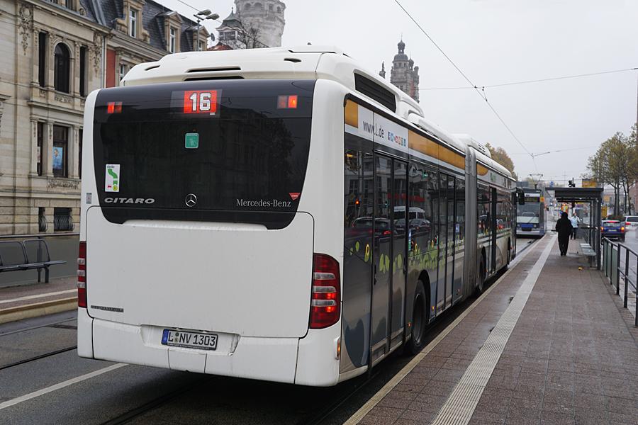 http://www.bimmelbus-leipzig.de/Busse/O530GDH/Stadtzentrum/NeuesRathaus/O530GDH_NeuesRathaus_7.jpg