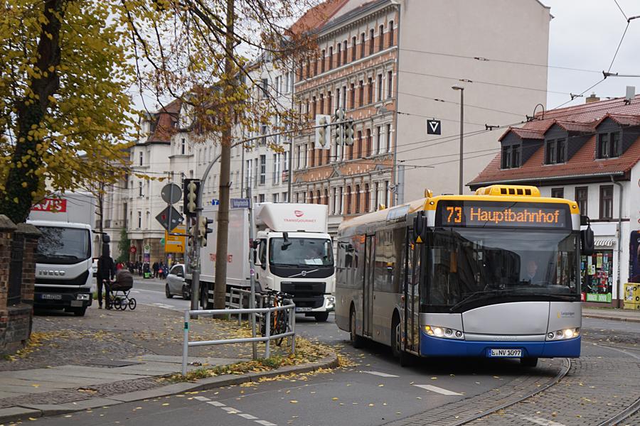 http://www.bimmelbus-leipzig.de/Busse/Urbino12/ReudnitzKoehlerstrasse/K/Urbino12_ReudnitzKoehlerstrasse_3.jpg