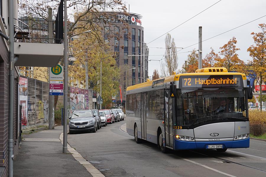 http://www.bimmelbus-leipzig.de/Busse/Urbino12/RosaLuxemburgStrasse/FriedrichListPlatz/Urbino12_FriedrichListPlatz_3.jpg