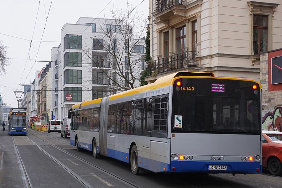 http://www.bimmelbus-leipzig.de/Busse/Urbino18/RosaLuxemburgStrasse/Hofmeisterstrasse/Urbino18_Hofmeisterstrasse_5.jpg