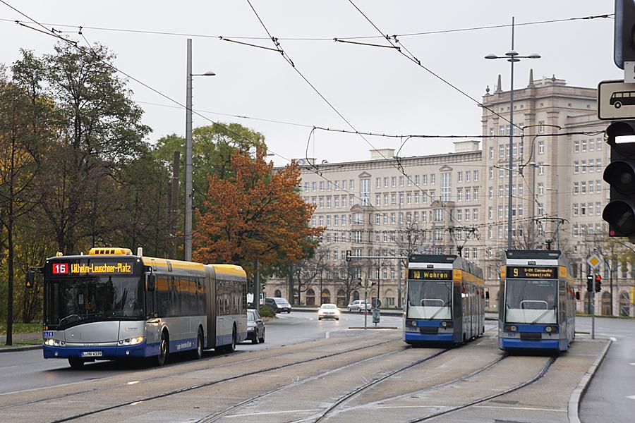 http://www.bimmelbus-leipzig.de/Busse/Urbino18/Stadtzentrum/WilhelmLeuschnerPlatz/Urbino18_WilhelmLeuschnerPlatz_12.jpg